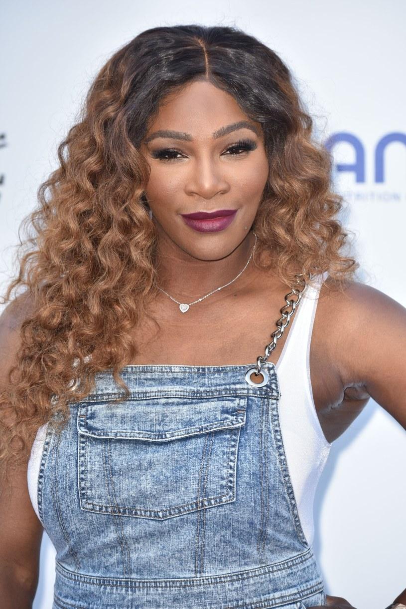Choć, na co dzień spotyka się z wieloma uszczypliwymi komentarzami na swój temat, Serena zdaje się nie poświęcać im czasu ani energii /East News