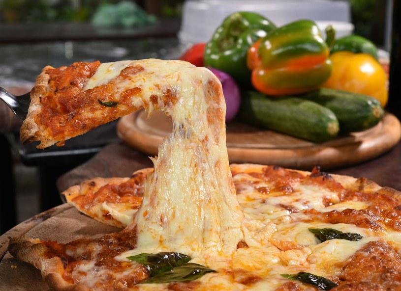 Choć o uzależnieniu od jedzenia mówi się coraz częściej, wciąż konieczne są dalsze badania /Picsel /123RF/PICSEL