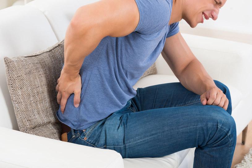 Choć z bólem serca nie ma żartów, czasem bardziej pożądana jest porada lekarza ortopedy niż kardiologa /123RF/PICSEL