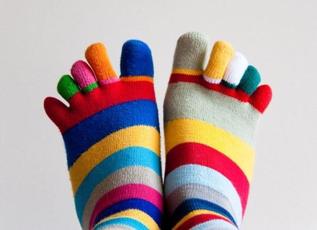 Chodzenie w ciepłych butach nie służy stopom /© Panthermedia