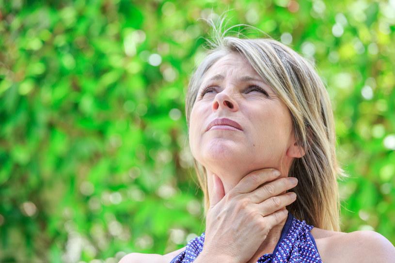 Choroba Hashimoto zazwyczaj postępuje wolno /123RF/PICSEL