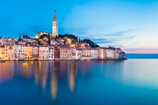 Chorwacja wycofuje się z podniesienia wieku emerytalnego. Na zdj. Rovinj /©123RF/PICSEL