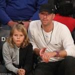 Chris Martin (Coldplay) z synem świętował jego urodziny na scenie