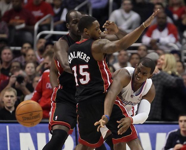 Chris Paul (pierwszy z prawej) poprowadził Clippers do zwycięstwa nad Heat /AFP