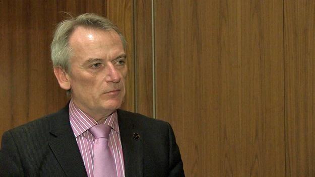 Chris Skinner: Banki będą zamykać swoje oddziały /Newseria Biznes