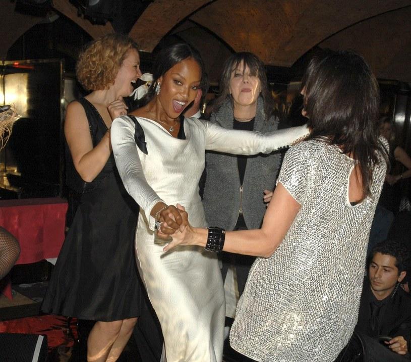 Chrissie Hynde, Trish Siminon i Naomi Campbell w Annabel's /East News