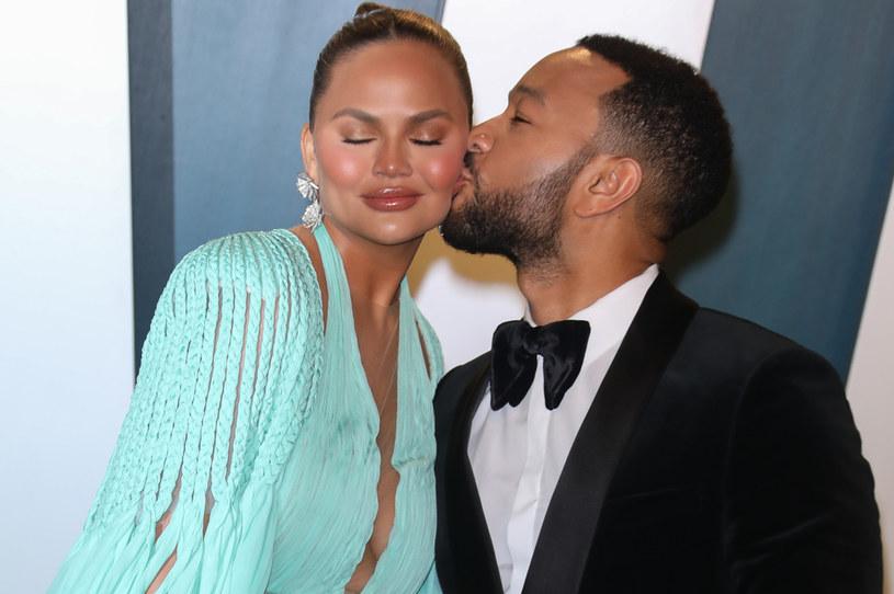 Chrissy Teigen i John Legend spodziewają się trzeciego dziecka /TONI ANNE BARSON /Getty Images