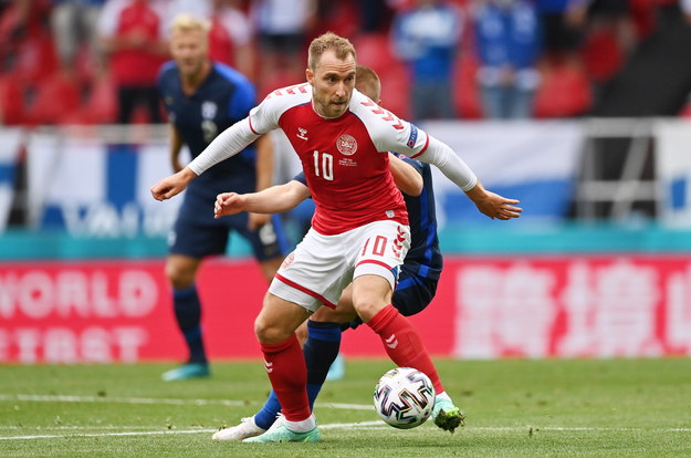 Christian Eriksen w trakcie meczu Dania - Finlandia /STUART FRANKLIN / POOL / AFP /PAP/EPA