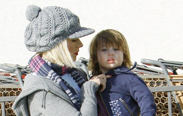 Christina Aquilera z synem Maxem  /Splashnews
