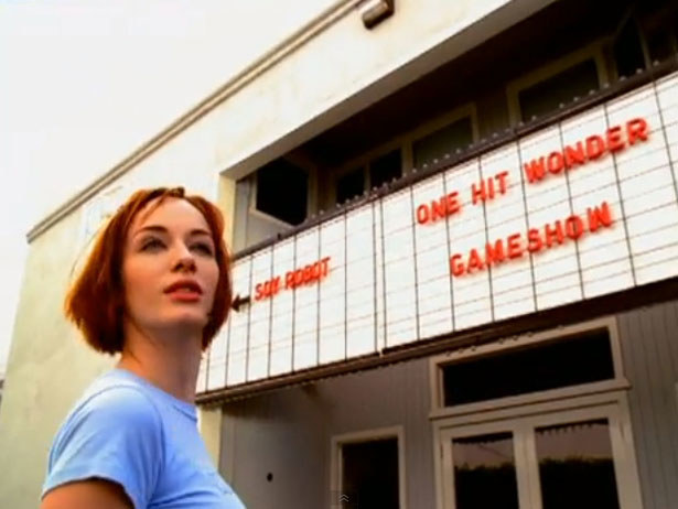 "Christina Hendricks w ""One Hit Wonder"" /"