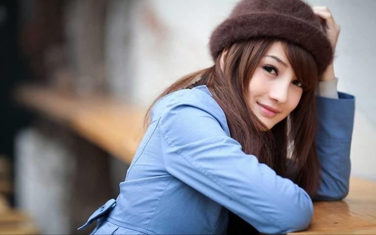 Chroń włosy przed zimnem /© Photogenica