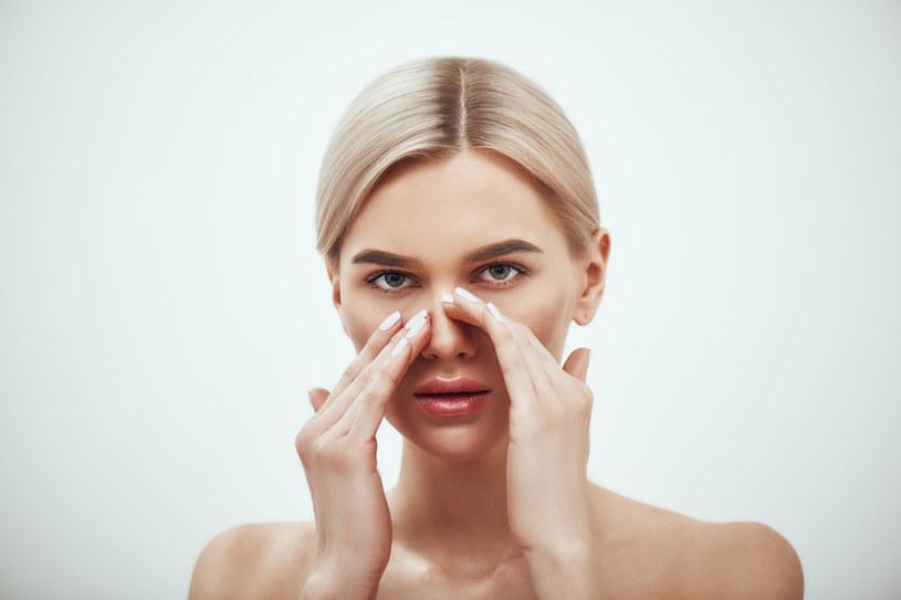 Chronicznie zatkany nos może wpływać na działanie mózgu /123RF/PICSEL
