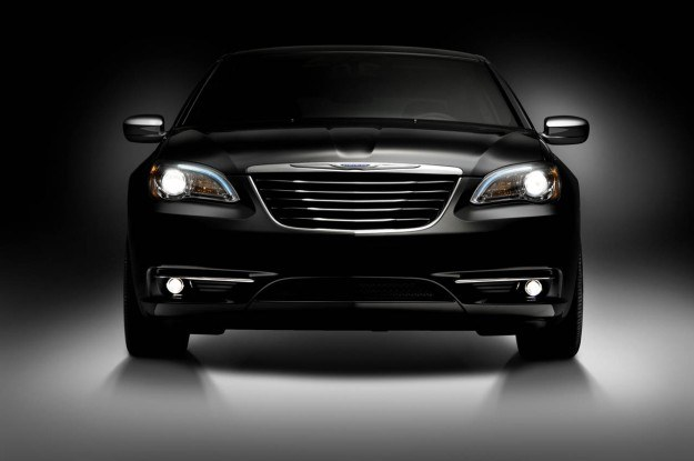Chrysler 200 /