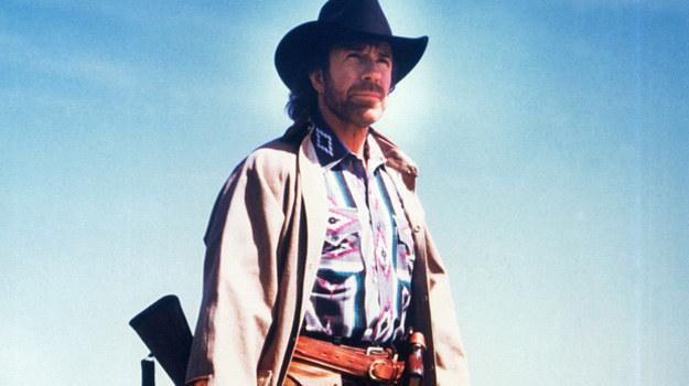 "Chuck Norris jako Cordell Walker w serialu ""Strażnik Teksasu"". /AKPA"