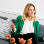 """Chwycił mnie za udo pod stołem"". Helle Thorning-Schmidt oskarża byłego prezydenta Francji"