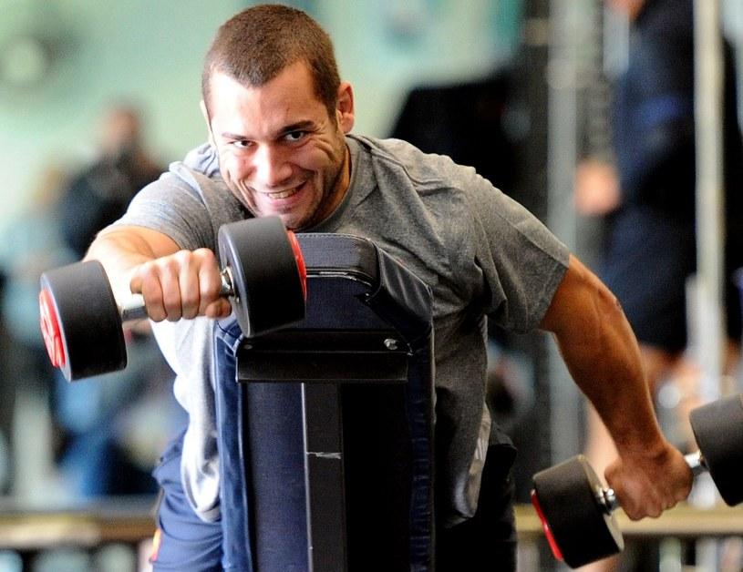 Ci którzy walczą o wymarzoną sylwetkę wiedzą, że same ćwiczenia to nie wszystko... /AFP