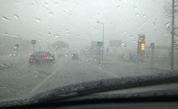 Ciągle pada. Ostrzeżenia hydrologiczne dla sześciu województw