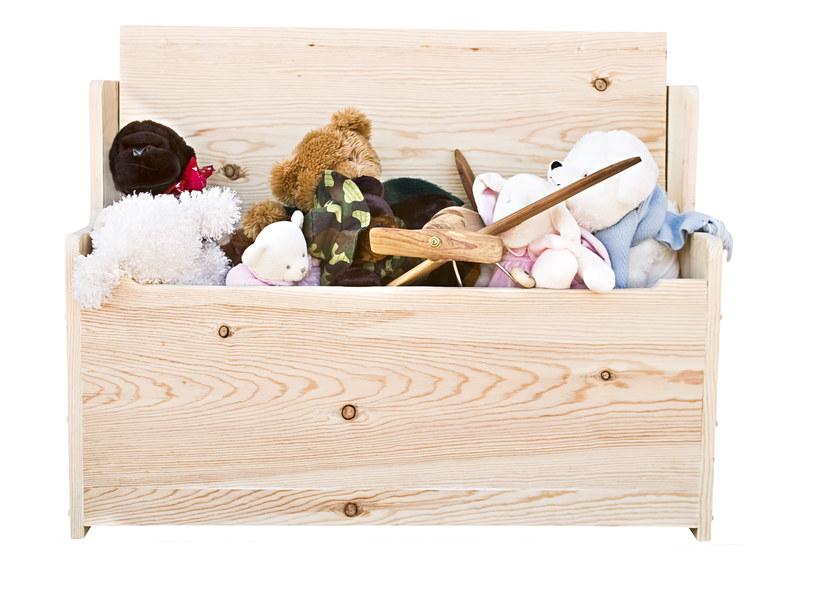 Ciało chłopca znaleziono w skrzynce na zabawki /123RF/PICSEL