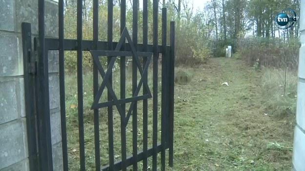 Ciało dziecka znaleziono na cmentarzu /TVN24/x-news