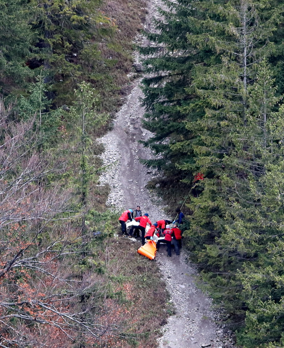 Ciało leżące pod szczytem Nosala zostało odkryte przez przypadkowego turystę /Grzegorz Momot /PAP