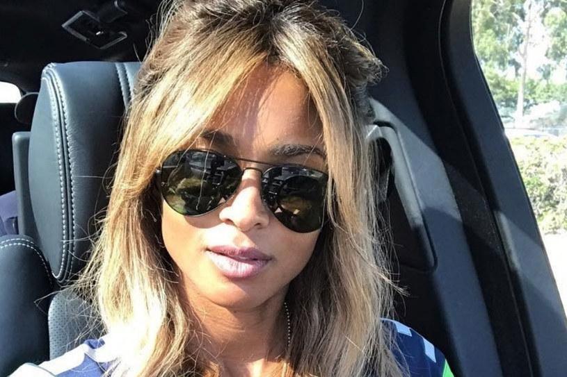 Ciara i jej złote pasemka /East News