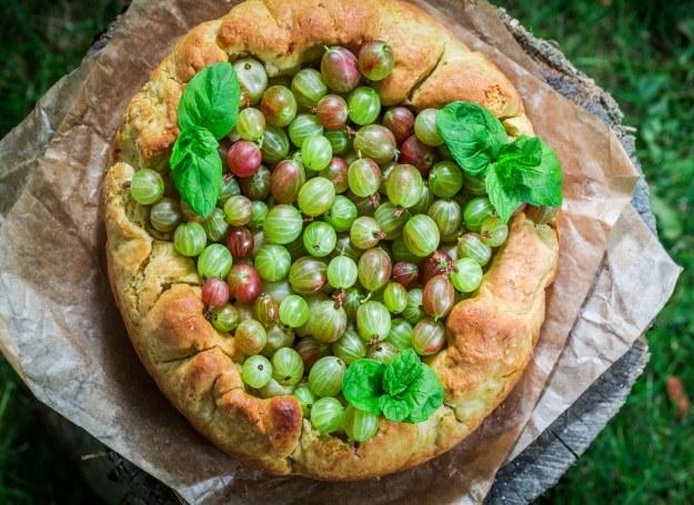 Ciasta agrestowe to pyszne desery z nutą kwaskowości /123RF/PICSEL