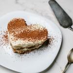 Ciasta bez pieczenia. Dekoracje z Instagrama