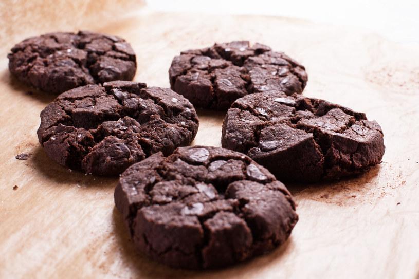 Ciasteczka czekoladowe z fasoli /123RF/PICSEL