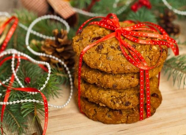 Ciasteczka korzenne z bakaliami - idealne na Święta! /materiał zewnętrzny