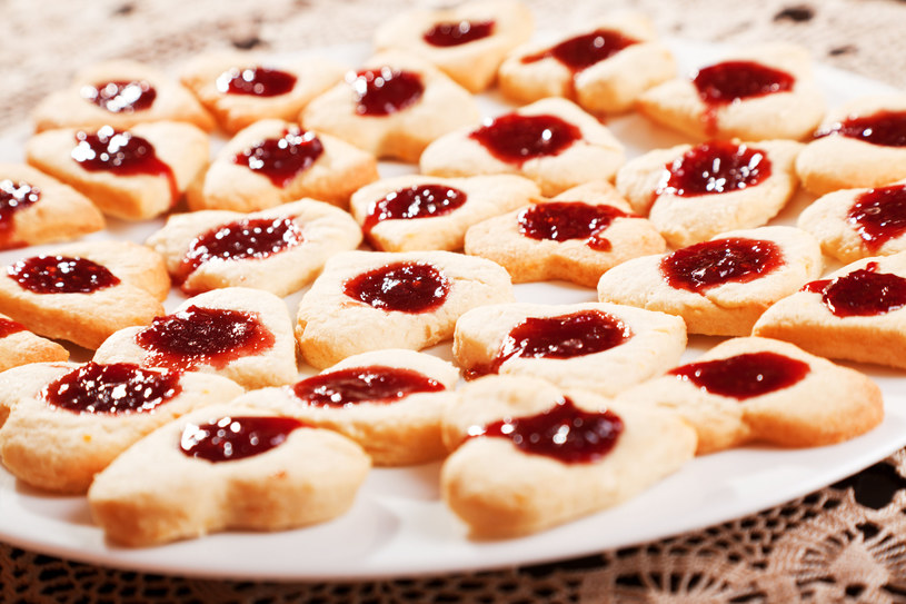 Ciasteczka te mają idealną kruchość, nie są ani za miękkie, ani za twarde /123RF/PICSEL