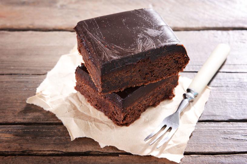 Ciasto czekoladowe na śniadanie? Zdrowo i smacznie! /123RF/PICSEL