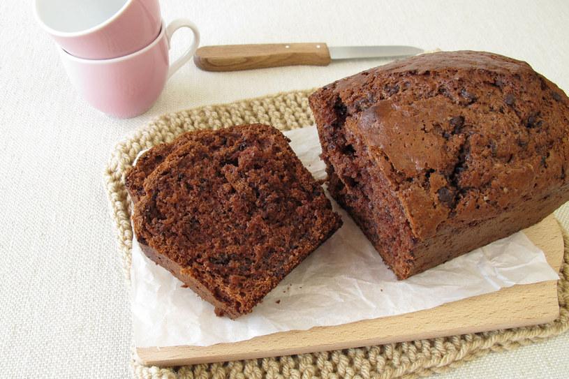 Ciasto czekoladowe /123RF/PICSEL
