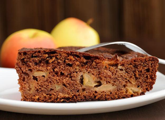 Ciasto czekoladowo-jabłkowe /Picsel /123RF/PICSEL