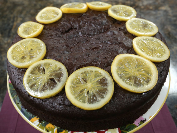 Ciasto czekoladowo-majonezowe /materiały prasowe