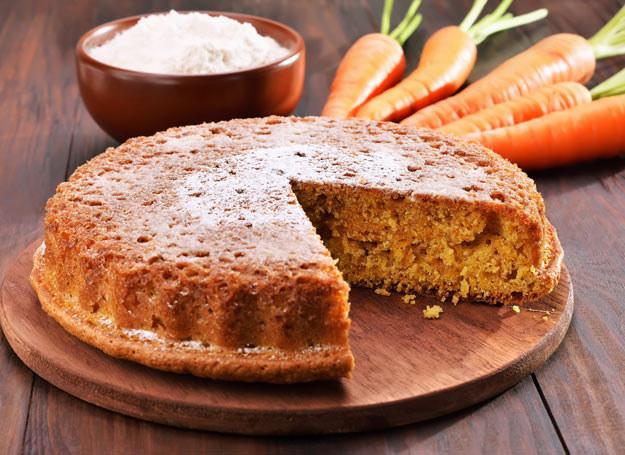 Ciasto marchewkowe ze stewią /Picsel /123RF/PICSEL