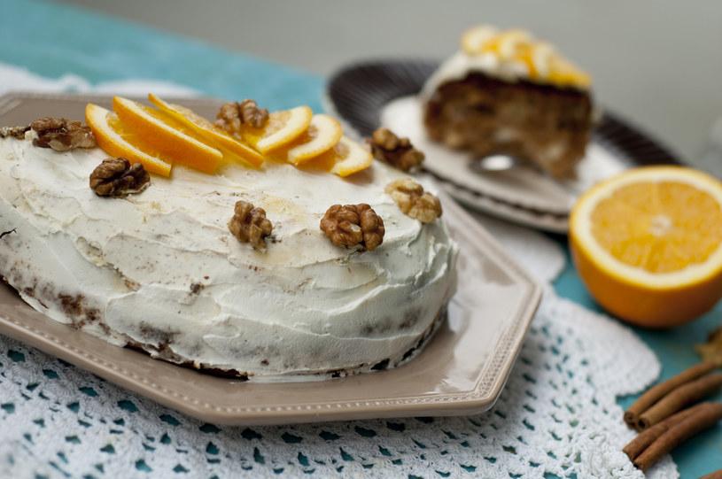 Ciasto marchewkowe /materiały prasowe