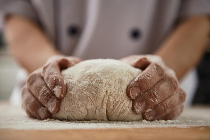 Ciasto na chleb /©123RF/PICSEL