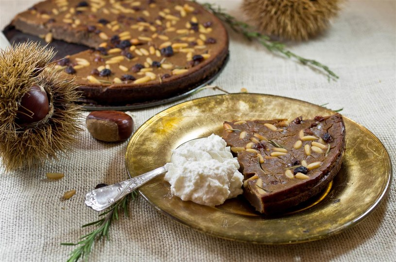 ciasto orzechowe z ricottą /© Photogenica