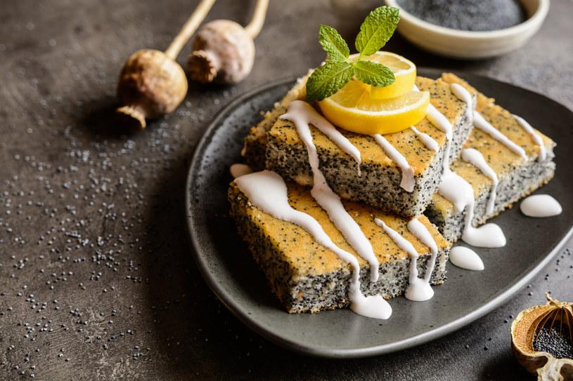 Ciasto z makiem /123RF/PICSEL
