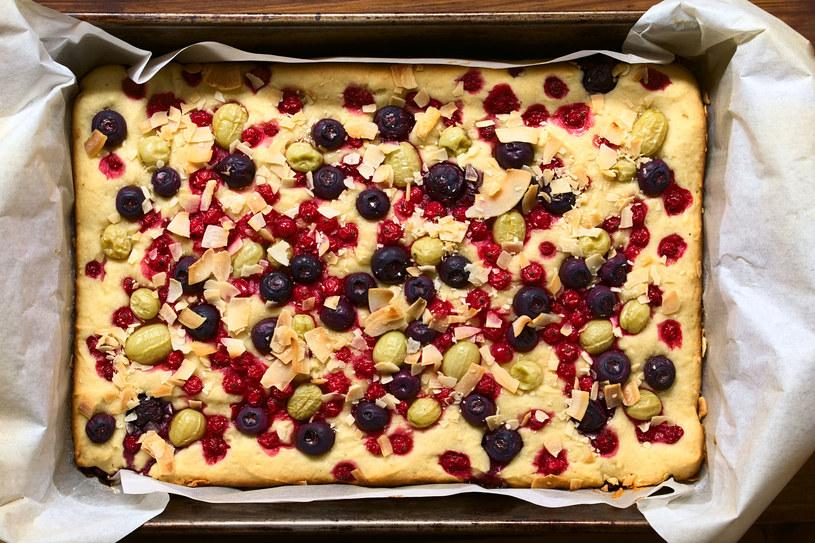 Ciasto z porzeczkami /123RF/PICSEL