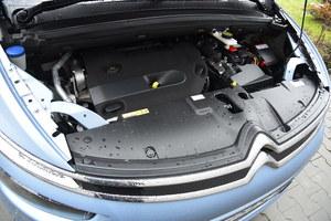 Cichy, kulturalnie pracujący, dynamiczny oraz ekonomiczny diesel 2.0 – doskonały silnik dla tego auta. (kliknij, żeby powiększyć) /Motor