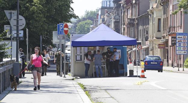 Cichy protest w Cieszynie przeciwko decyzjom czeskich władz
