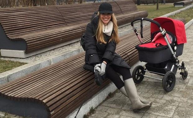 Ciekawa Mama: Jak przygotować się do zimowego spaceru z niemowlakiem? [FILM]