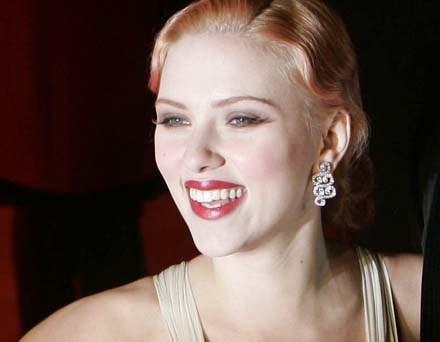 """Ciekawe co Scarlett Johansson będzie musiałą zrobić, żeby """"zasłużyć"""" na Pudding Prize /AFP"""