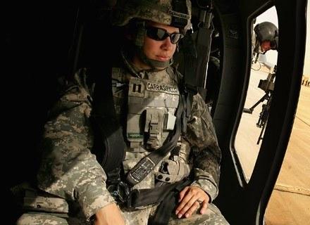 Ciekawe, czy US Army typuje już żołnierzy do kosmicznych misji? /AFP
