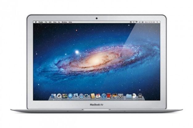 Cienkie jak brzytwa 15-calowe MacBooki Air już w drodze /INTERIA.PL