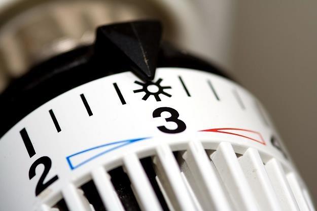 Ciepło dostarczane do naszych domów będzie coraz droższe? /©123RF/PICSEL