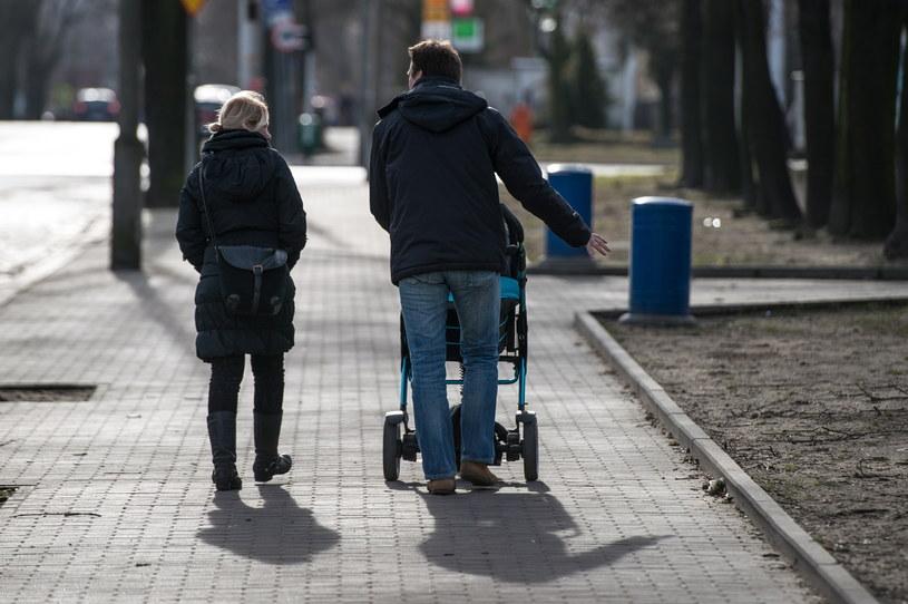 """Ciepło jest nie tylko w Belgii - na zdjęciu """"wiosenna"""" pogoda w Głogowie /Maciej Kulczyński /PAP"""