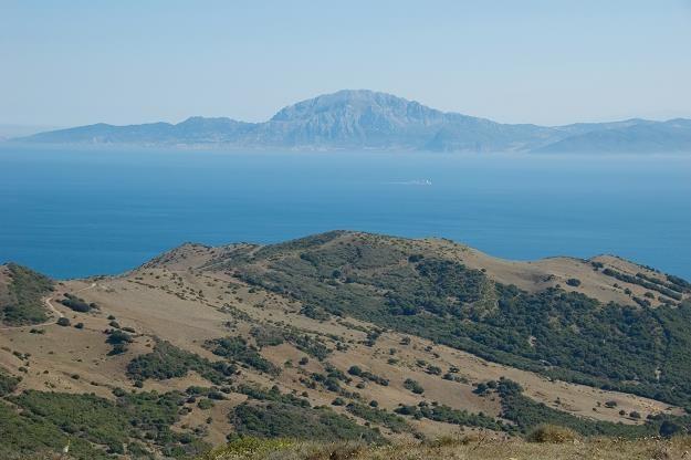 Cieśnina Gibraltarska - tędy najbliżej z Afryki do Hiszpanii /©123RF/PICSEL