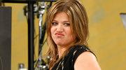 Ciężarna Kelly Clarkson w zbyt ciasnym ubraniu?